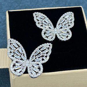 Butterfly Diamond Link Stud Earrings S925 New !!